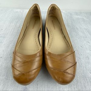 Hush Puppies Heidi Heather Flats Size 9 Rounded Toe Camel Brown Leather